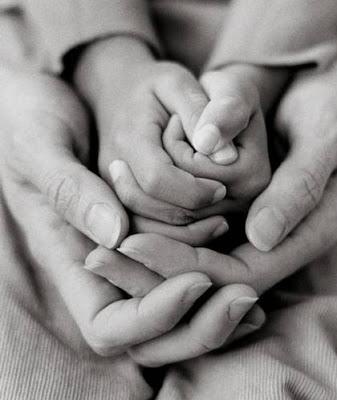 manos madre2